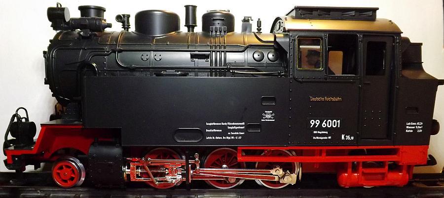 Eine frühe LGB 99 6001: Der Kessel voller Elektronik für Zischen, Glocke und Pfeifen (Foto: Holger Gatz)